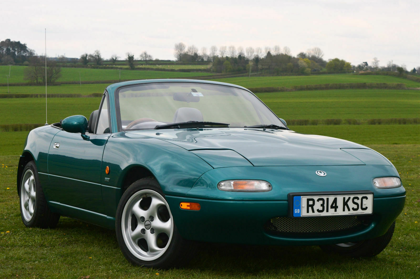 1998/R Mazda MX-5 Berkeley Limited Edition 1.8i Manual MK1  SOLD (picture 1 of 6)