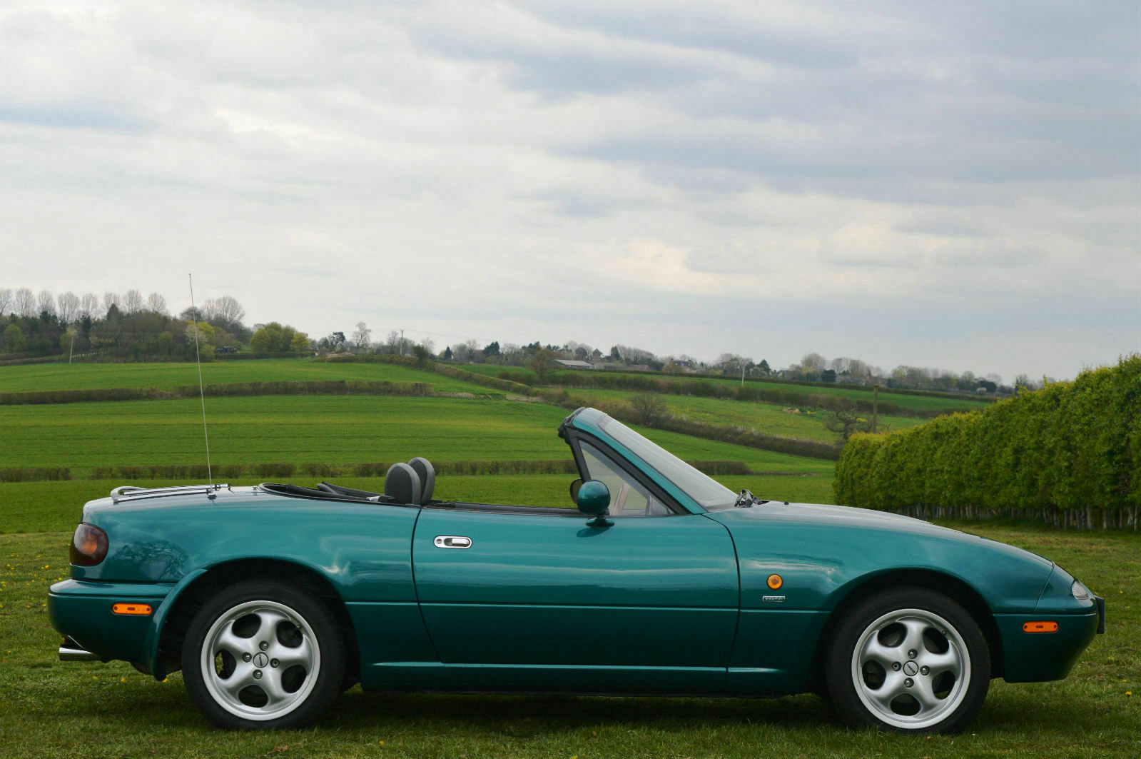 1998/R Mazda MX-5 Berkeley Limited Edition 1.8i Manual MK1  SOLD (picture 3 of 6)