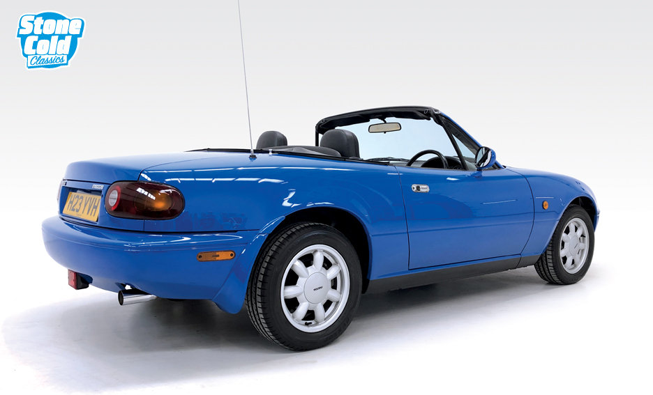 1991 Mazda MX-5 1.6i with just 16,400 miles SOLD (picture 2 of 6)