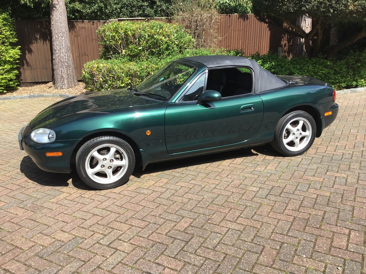 2001 Mazda MX5 Convertible SOLD (picture 1 of 6)