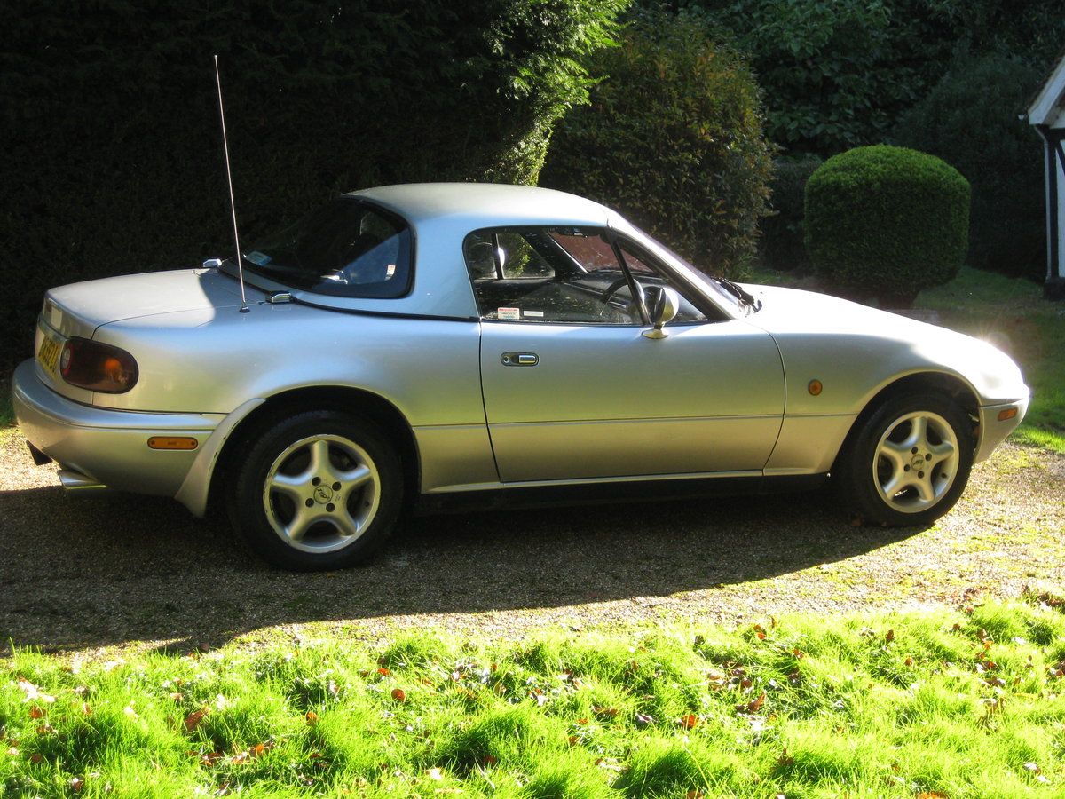 1997 MX5 Mk1 1.8 with factory hardtop SOLD (picture 4 of 4)