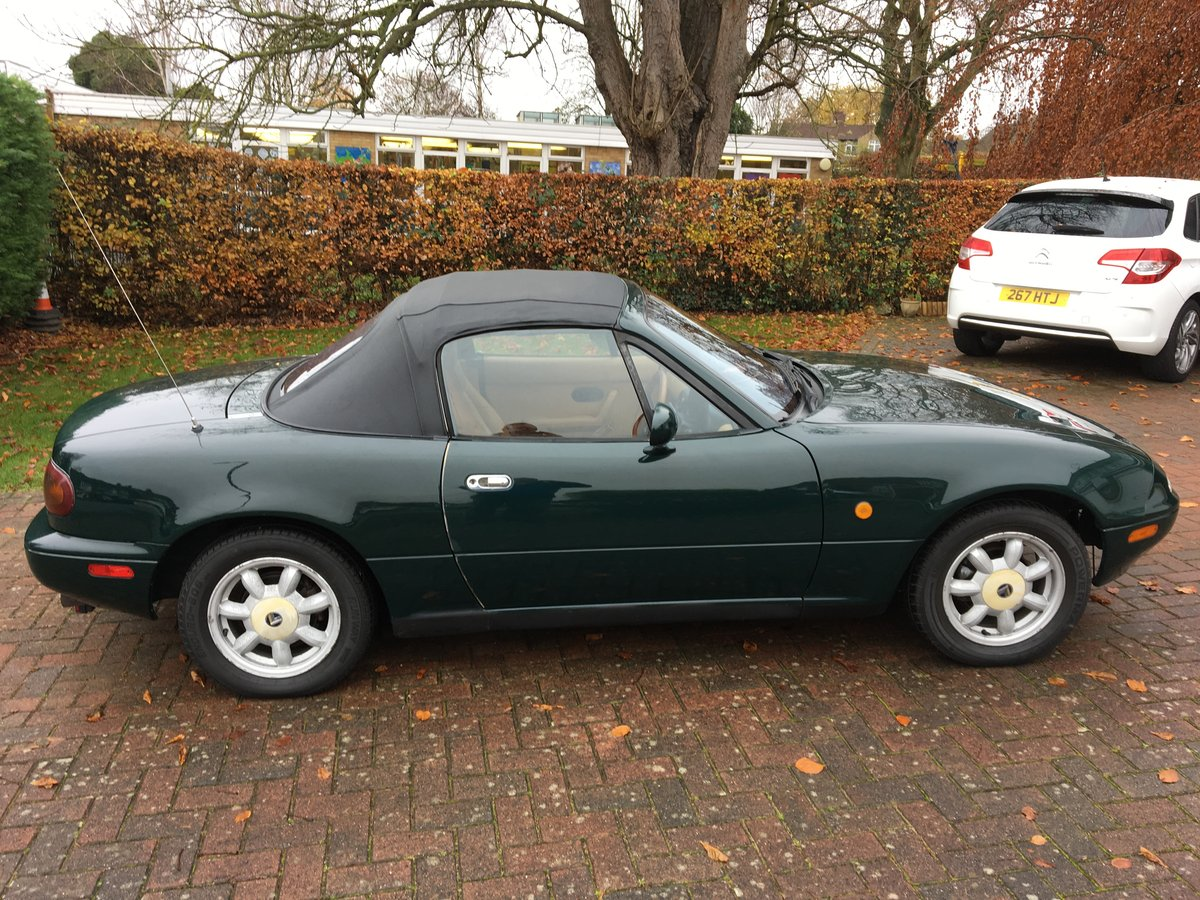 1991 MX5 Eunos Auto. Roadster, New Car forces Sale. For Sale (picture 5 of 5)