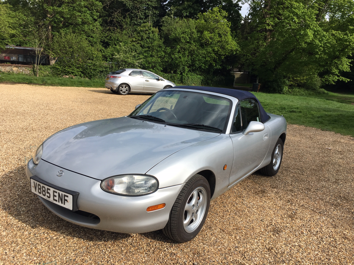 1999 Mazda MX5 Eunos Roadster For Sale (picture 1 of 6)