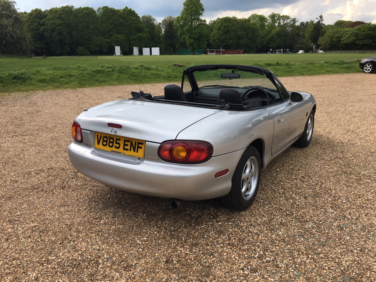 1999 Mazda MX5 Eunos Roadster For Sale (picture 3 of 6)