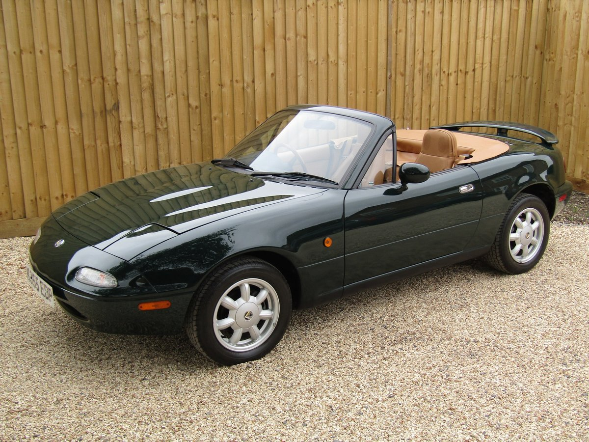 1993 Mazda Eunos Roadster 1.6i For Sale (picture 1 of 6)
