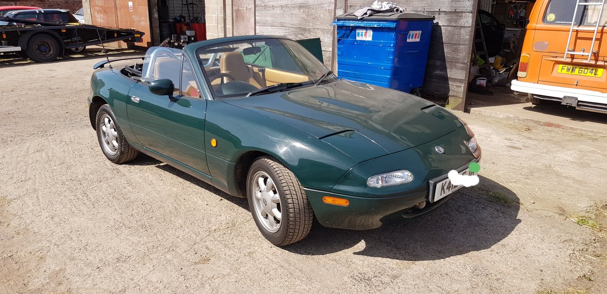 1992 Mazda eunos v spec in British racing green For Sale (picture 1 of 6)