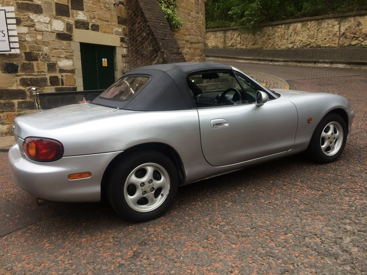 1999 Very smart, 1 previous owner, MX5 For Sale (picture 2 of 6)