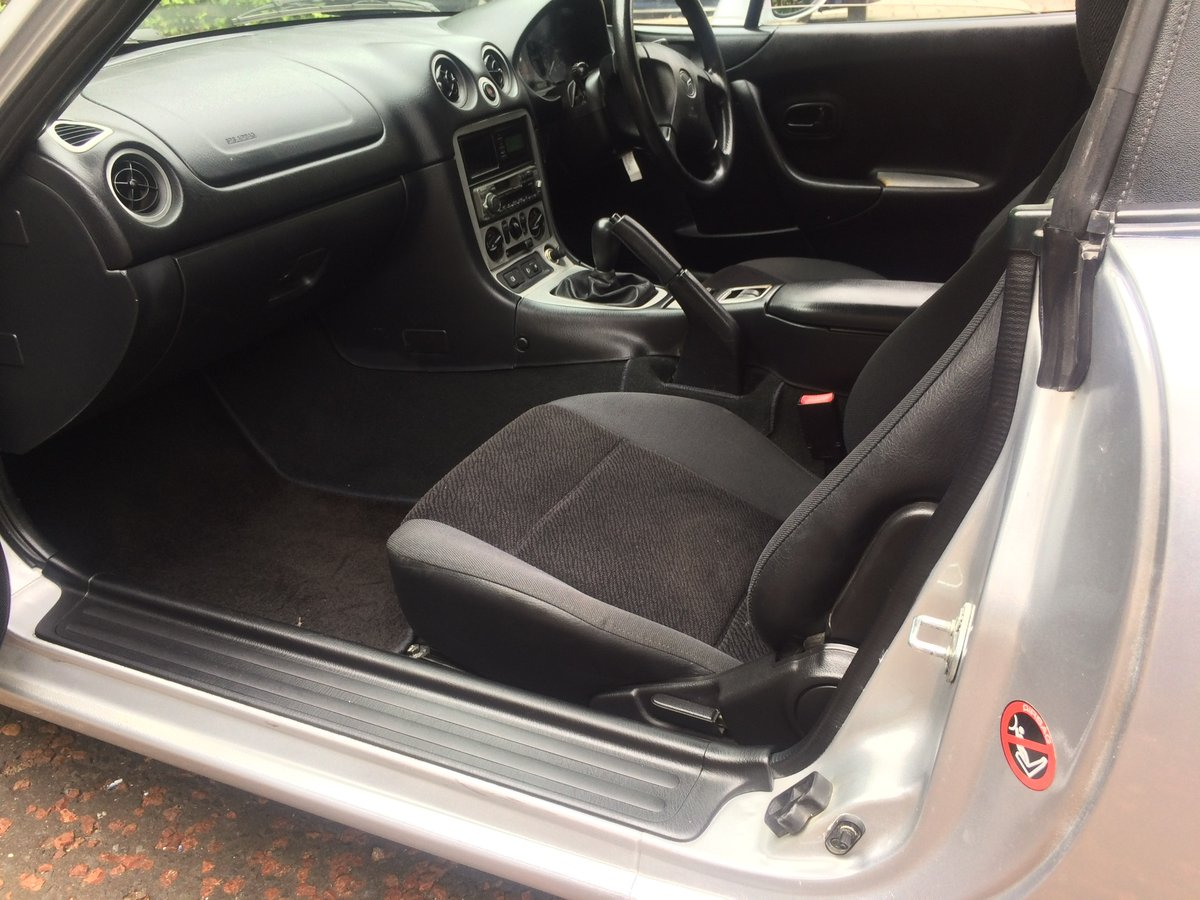 1999 Very smart, 1 previous owner, MX5 SOLD (picture 5 of 6)
