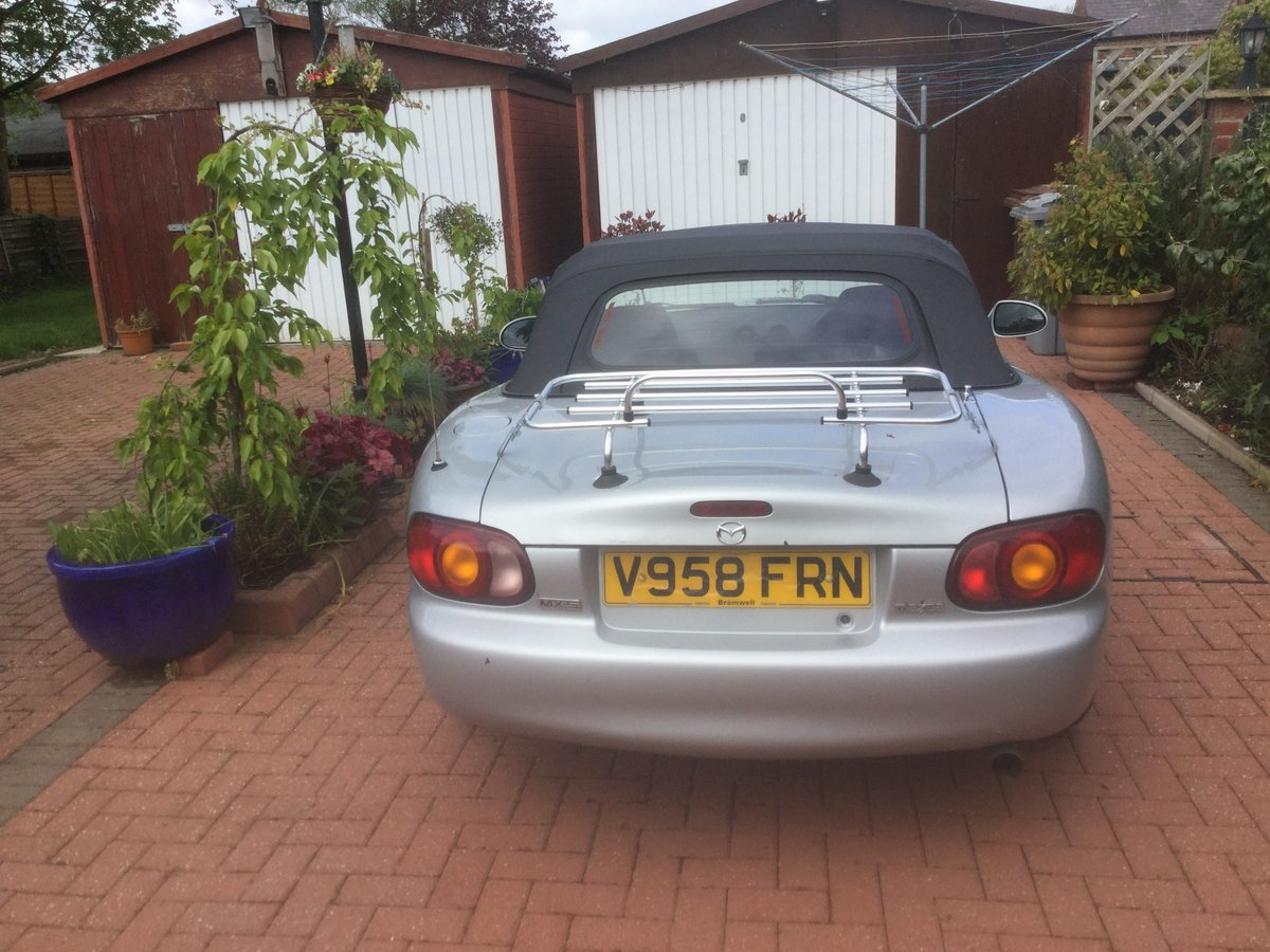 2000 Silver MX-5 convertible 1.6 Petrol For Sale (picture 2 of 3)