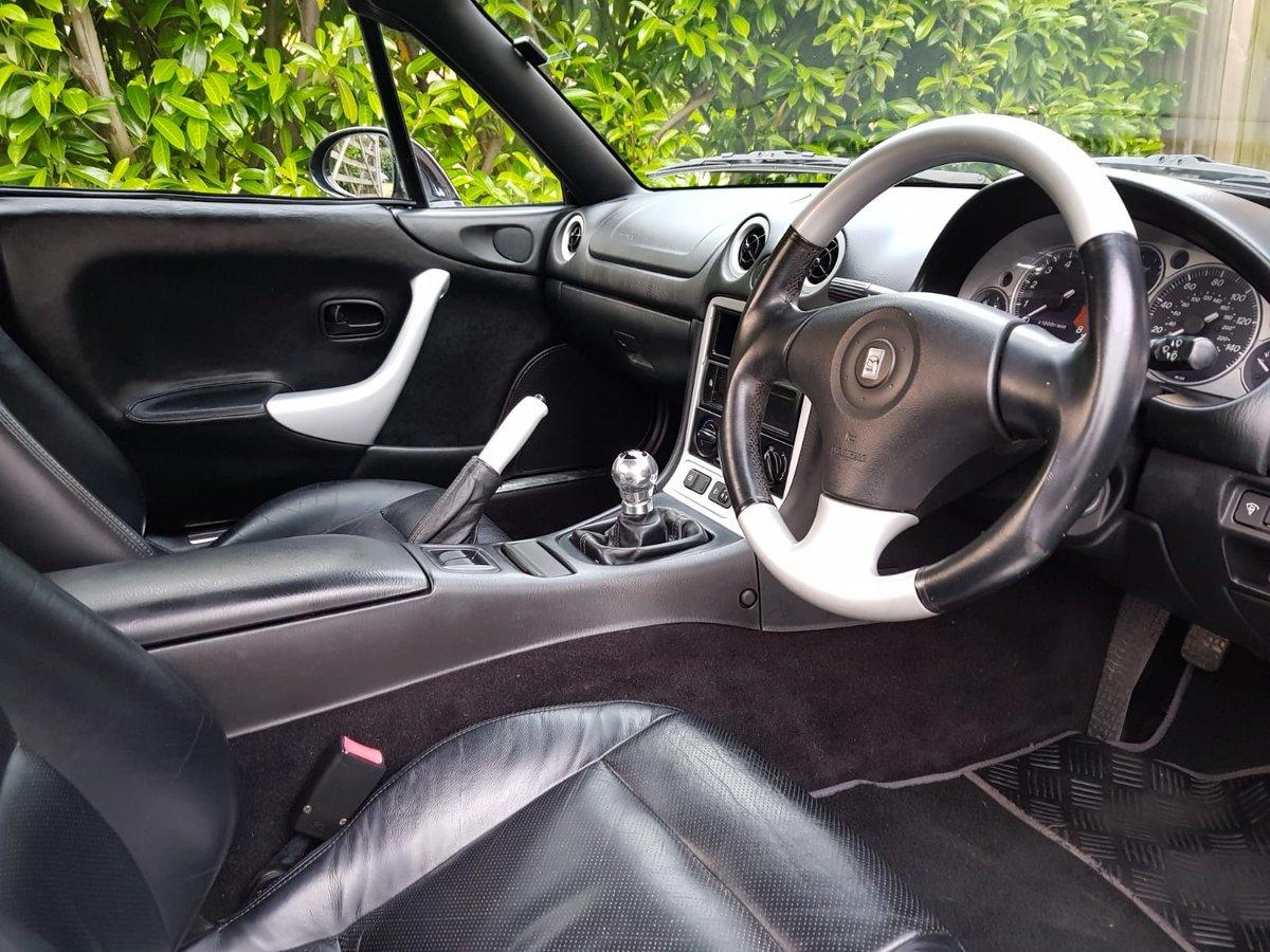 2001 Mazda MX5 1.8iS Jasper Conran Limited Edition SOLD (picture 4 of 6)
