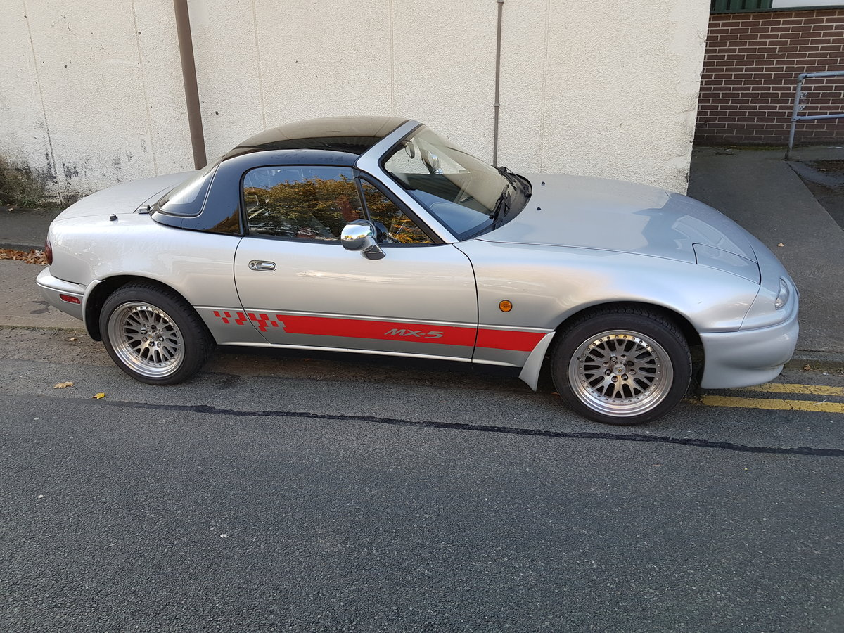 1995 Mazda MX-5 MK1 Eunos Roadster For Sale (picture 1 of 6)