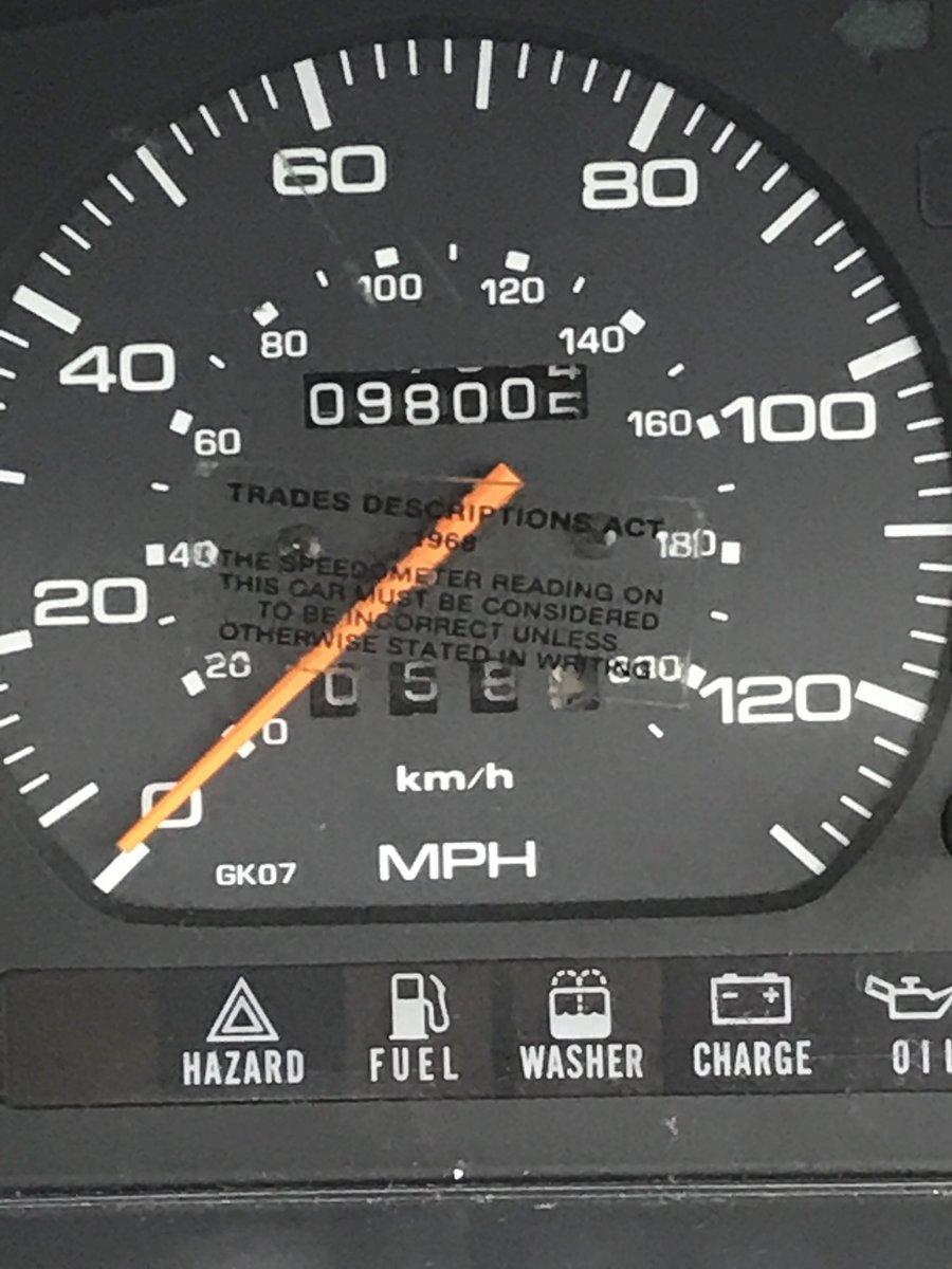 1989 Mazda 626 auto For Sale (picture 4 of 6)