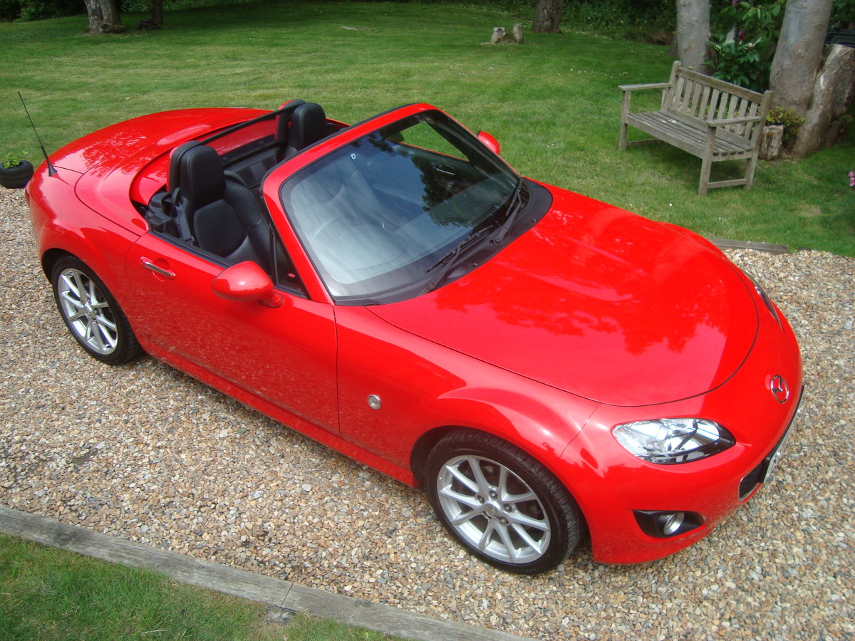 2010 Mazda MX5 2.0 Sport Tech Roadster Coupe For Sale (picture 2 of 6)