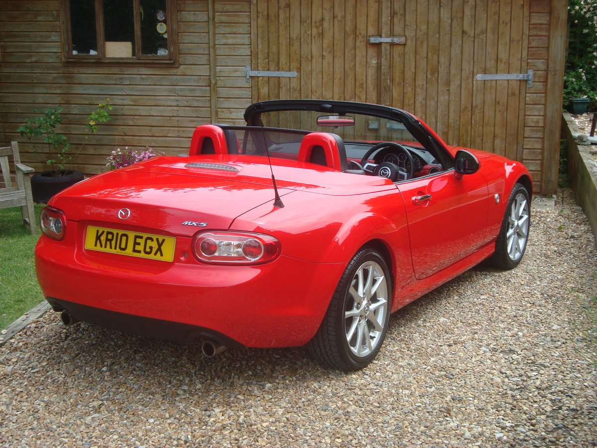 2010 Mazda MX5 2.0 Sport Tech Roadster Coupe For Sale (picture 3 of 6)