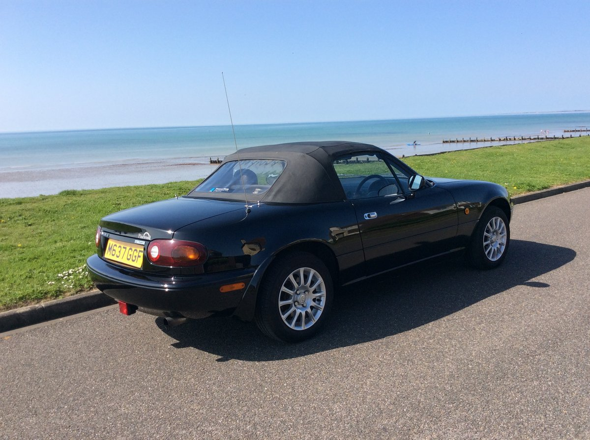 1995 Mazda MX5 1.8i Black, only 42000 miles For Sale (picture 6 of 6)