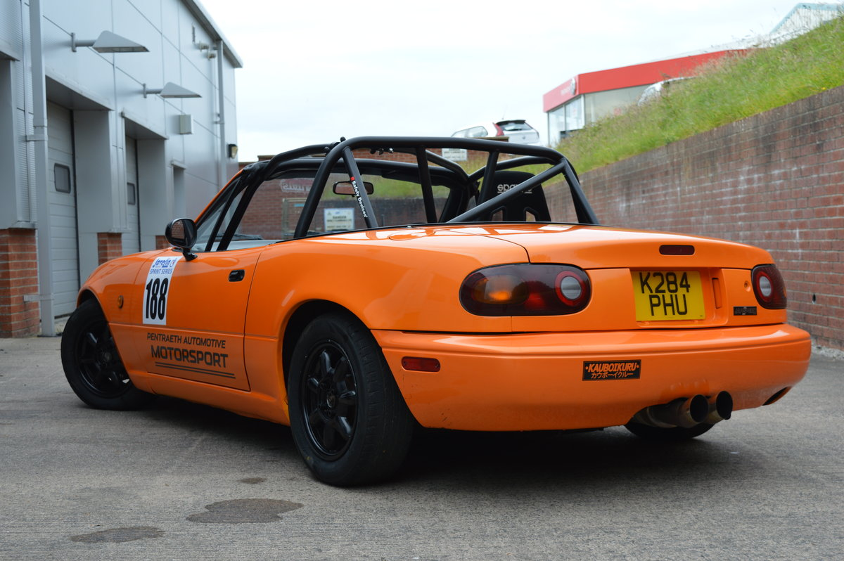 1993 Mazda MX-5 Eunos Roadster Track Car For Sale (picture 2 of 6)
