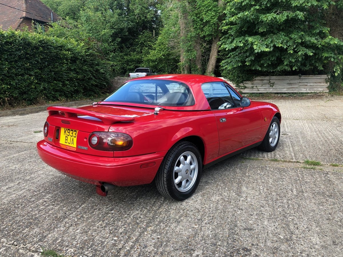1992 Mazda MX5 Eunos Roadster Original Example For Sale (picture 2 of 6)