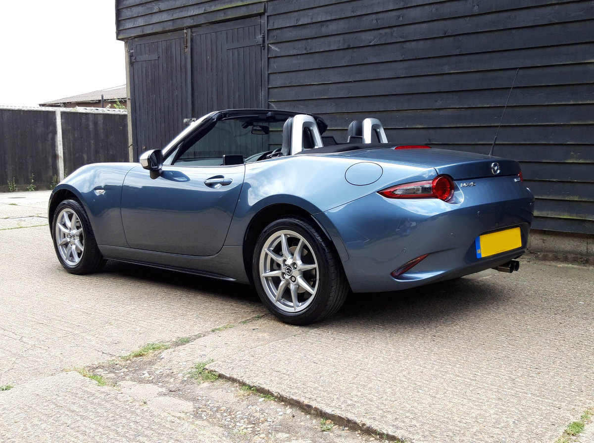 2017 MAZDA MX5 1.5 SKYACTIVE-G ARCTIC Ltd Ed, Low Miles, 1 Owner SOLD (picture 5 of 6)