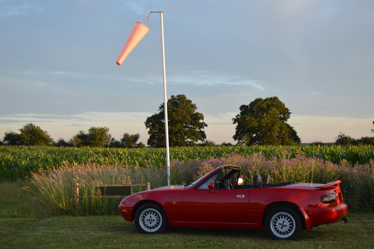 1991 Mazda MX5 Eunos Roadster Automatic For Sale (picture 5 of 6)