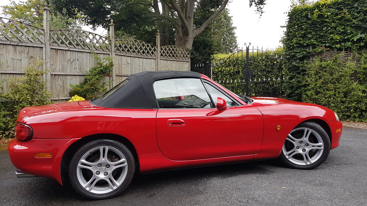 2005 Immaculate Low Mileage MX5 Mk2.5 1.8i S- A Beauty! For Sale (picture 4 of 6)