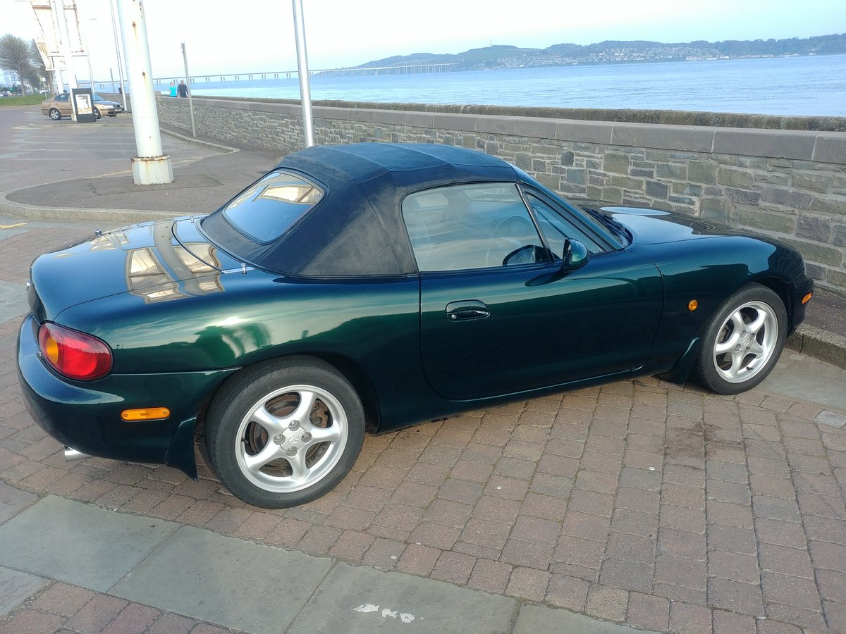 MX-5 Mk2 1.8 iS 5 Speed Manual LSD ABS Green 2000 SOLD (picture 2 of 6)