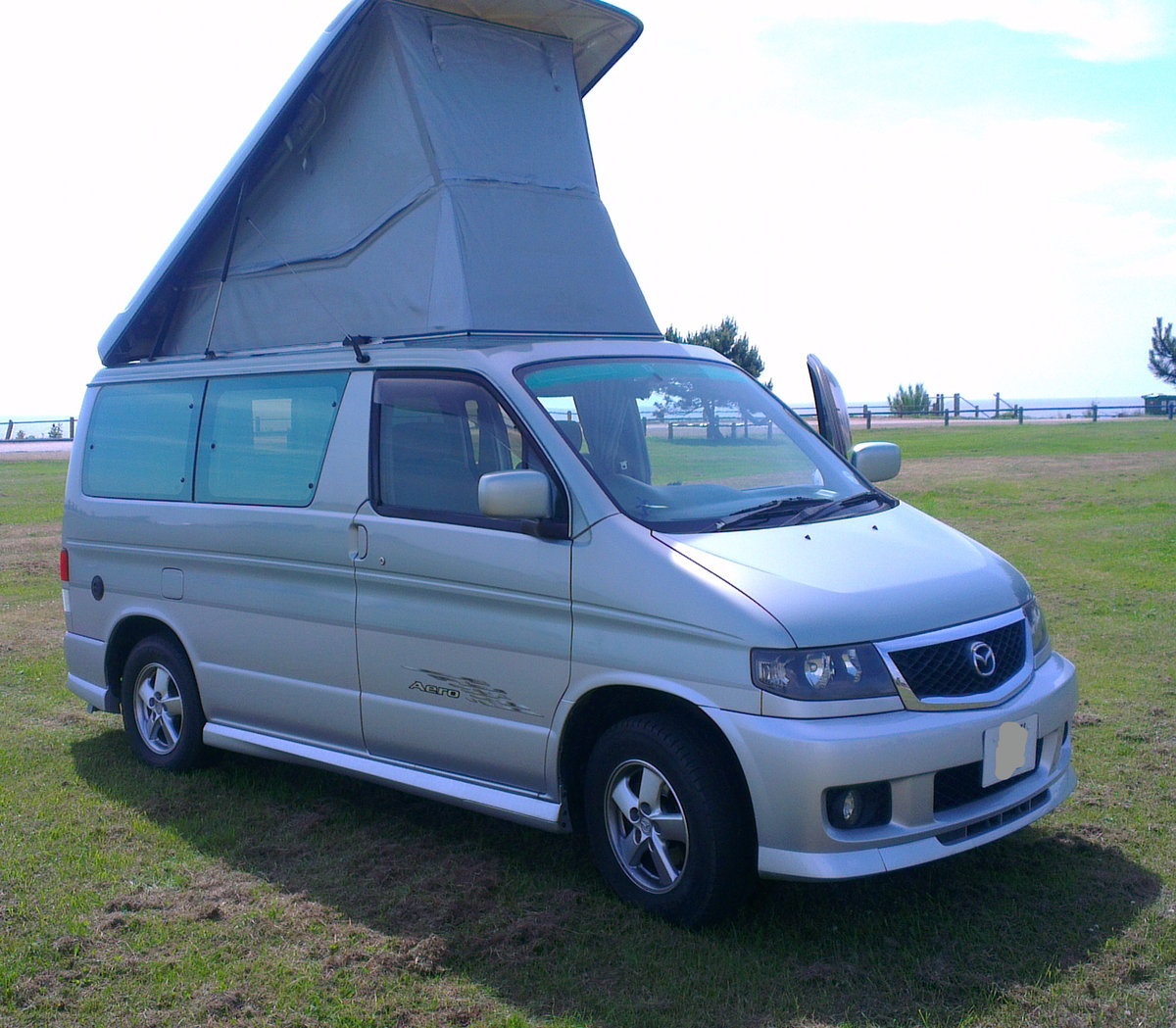 2001 Mazda Bongo Aero 2.5L V6 Petrol + LPG For Sale (picture 1 of 6)