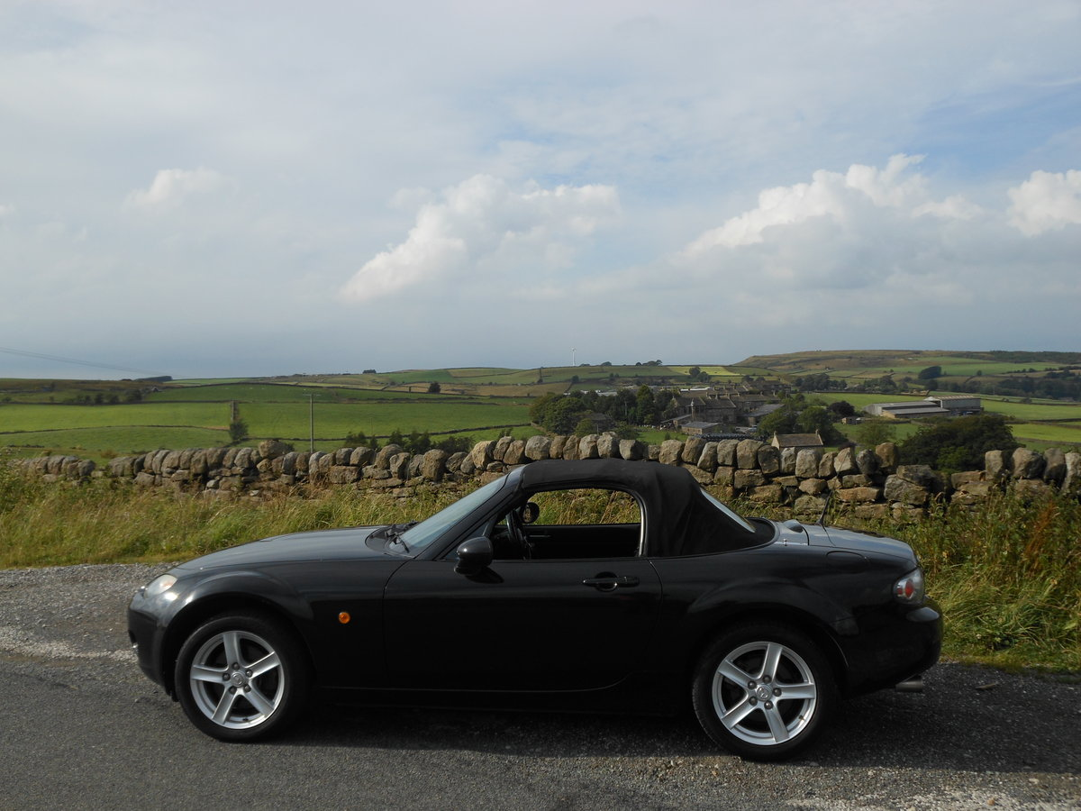 2006 Mazda MX-5 2.0i Roadster 2 Owners from New SOLD (picture 2 of 6)