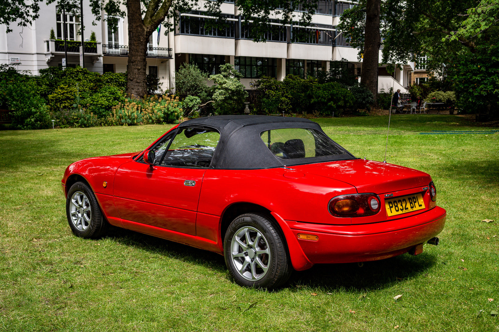 1996 Newly-restored Mazda MX5 Mk 1, low mileage for age For Sale (picture 6 of 6)
