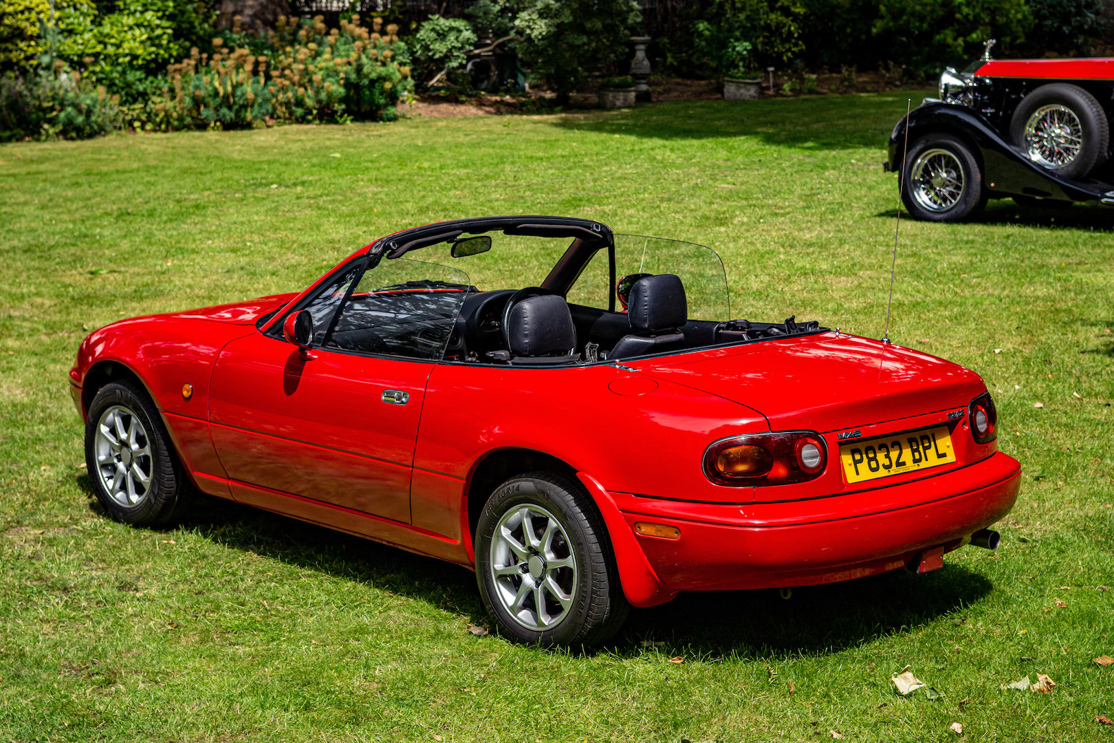 1996 Newly-restored Mazda MX5 Mk 1, low mileage for age For Sale (picture 2 of 6)
