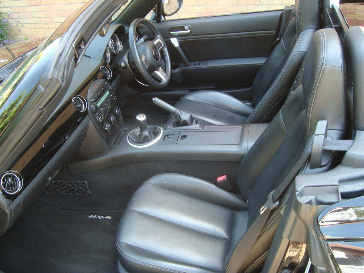 2008 Mazda MX5 2.0 Roadster Sport Electric Folding Roof Coupe. For Sale (picture 5 of 6)