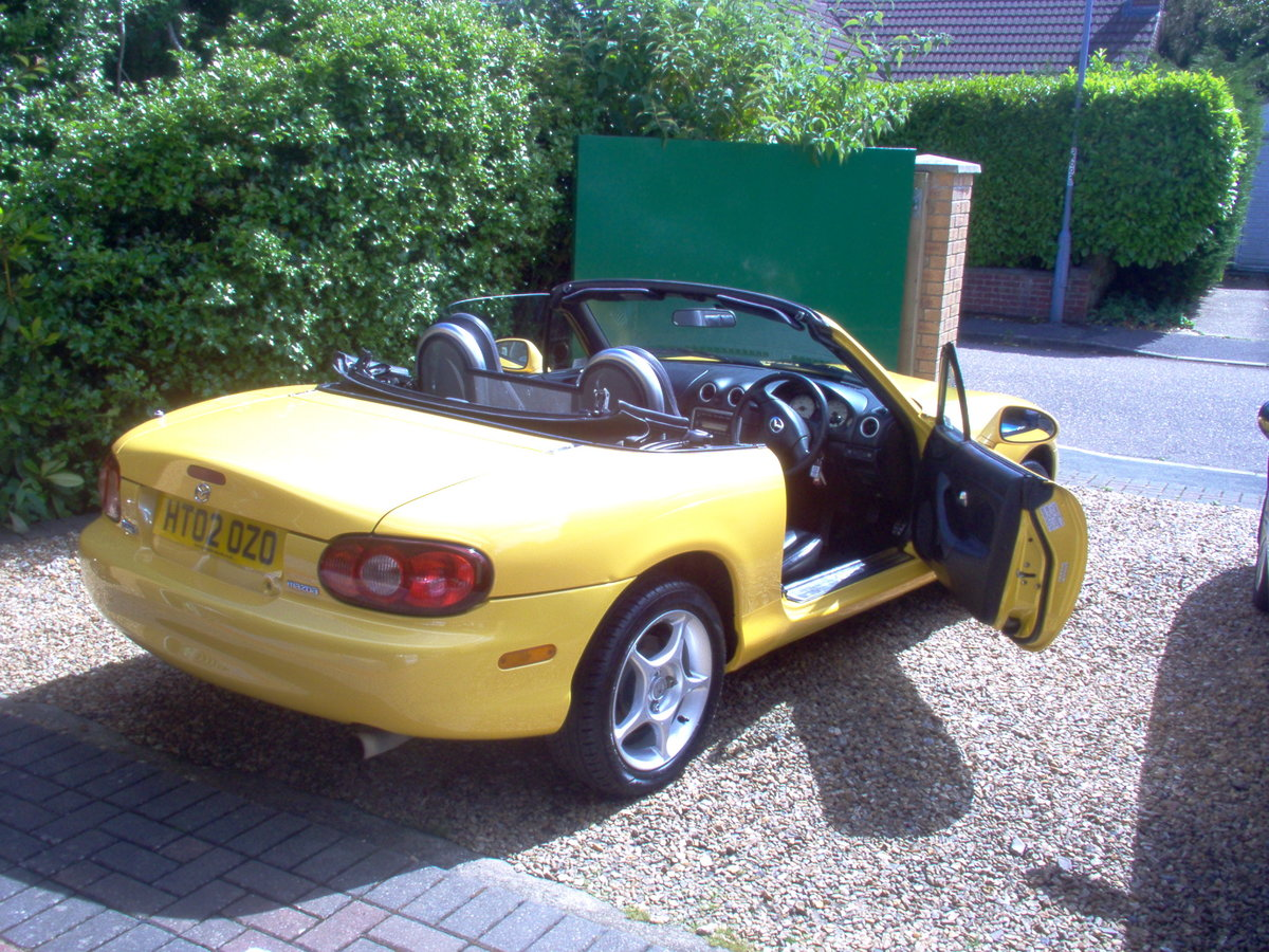 2002 MX-5 Soft-top special edition For Sale (picture 4 of 6)