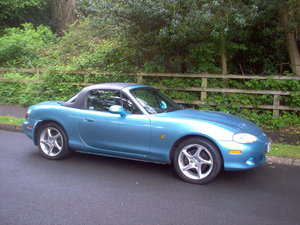 2002 MX-5 Soft-top black hardtop
