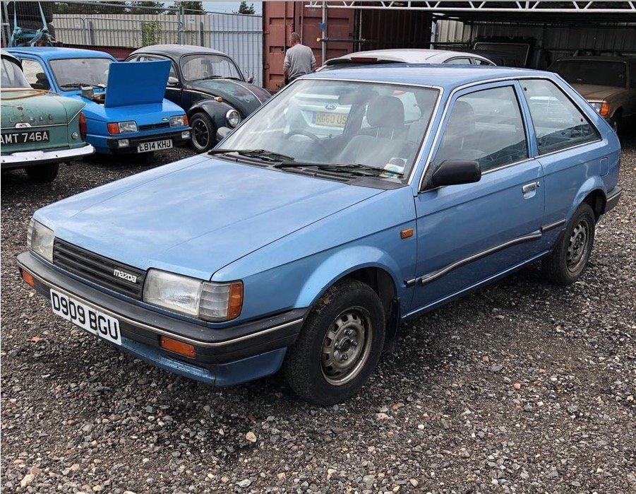 1986 Mazda 323 2 door Super Rare little jap Rust free . For Sale (picture 1 of 5)