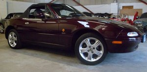 1996 Mazda MX-5 Merlot. Immaculate with only 40,000 mil For Sale