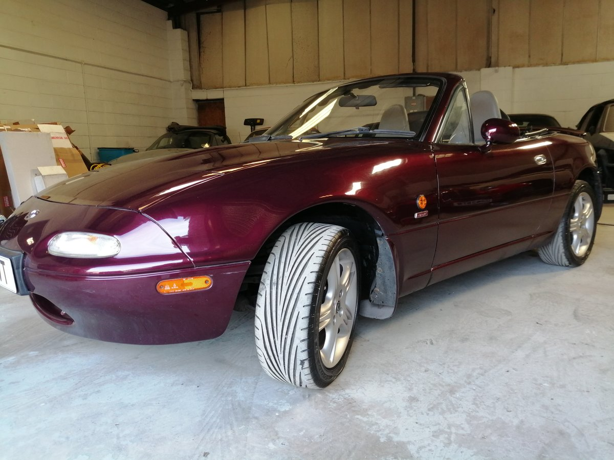 1996 Mazda MX-5 Merlot. In lovely condition throughout For Sale (picture 1 of 6)