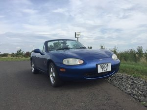 1999 Mazda Eunos roadster import (MX-5)