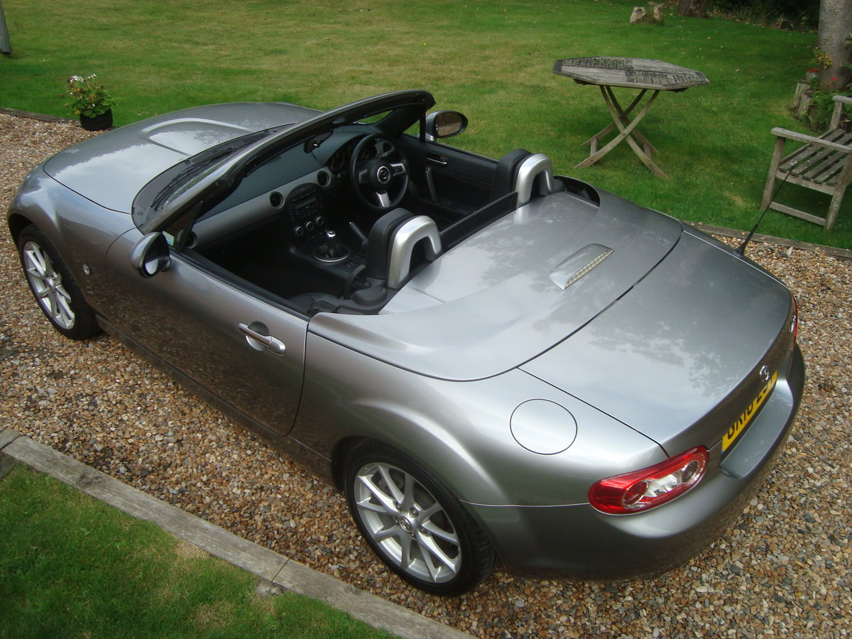 2010 Mazda MX5 2.0 Roadster Sport Electric Folding Roof Coupe. For Sale (picture 2 of 6)