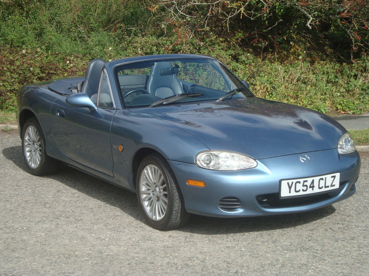 Mazda MX5 1.8i Arctic. 2004.Low mileage.29000 miles. For Sale (picture 2 of 6)