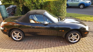 MX-5 MK 2.5, 1.8 Icon II Edition Black Mica