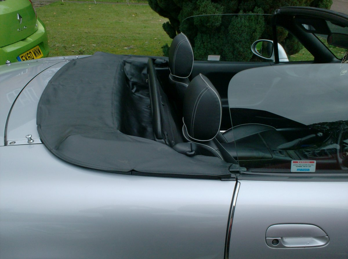 1998 Mazda MX-5 1.8i S Sports Convertible For Sale (picture 6 of 6)