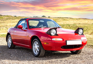 1990 Mk1 Mazda MX5 1.6, 35,000 Miles Light Recommission