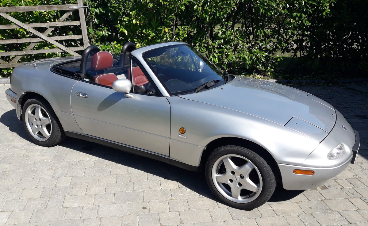 1997 Very low mileage Mazda MX5 Harvard Limited Edition For Sale (picture 3 of 6)