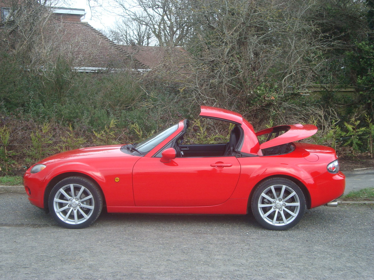 2007 Mazda MX5 2.0 Sport Roadster,2 owners, 21000 miles. SOLD (picture 1 of 6)