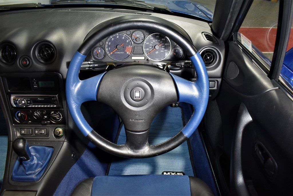 1999 Mazda MX-5 10TH ANNIVERSARY For Sale (picture 5 of 6)