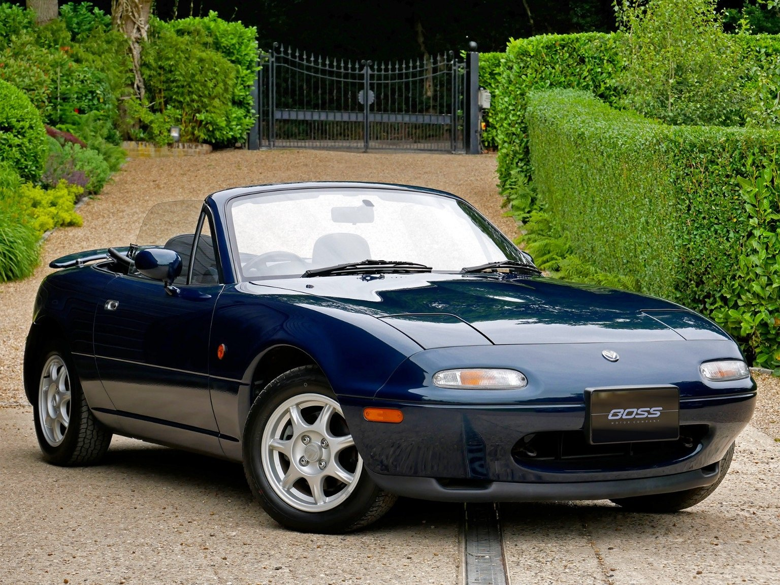 1997 Mazda MX-5 S-Special 1, 1.8 - Eunos Roadster - 3,000 MILES For Sale (picture 1 of 6)
