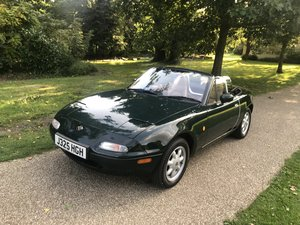 Mazda MX5 Eunos V Spec. New car forces sale.