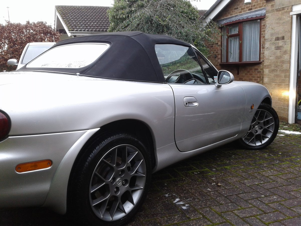 Mazda MX5 Euphonic 2004 One Owner SOLD (picture 2 of 6)