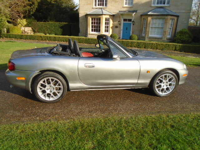 2004 Mazda MX5 Euphonic, 1800cc + Leather.  For Sale (picture 3 of 6)