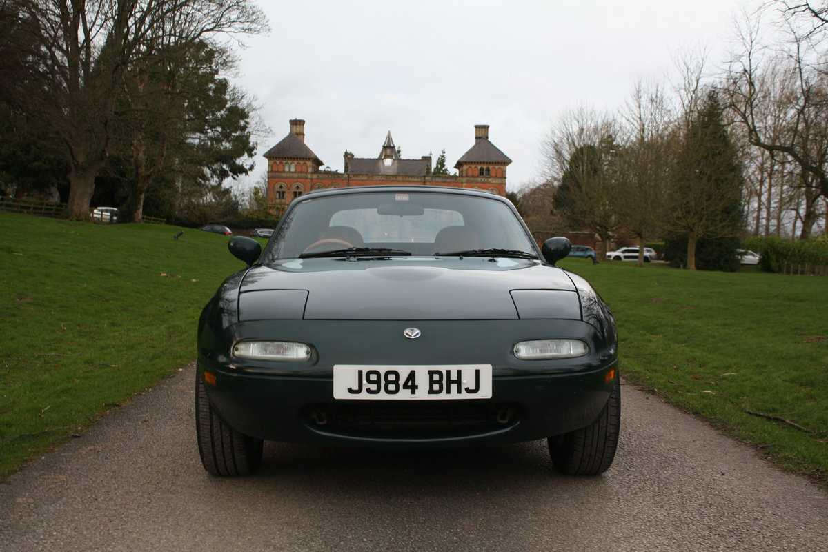 1992 Mazda MX5 MK1 Eunos Roadster (deposit taken)  SOLD (picture 1 of 6)