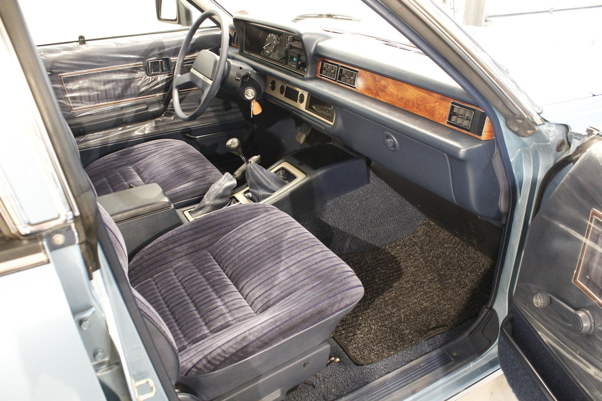 1981 Mazda 929 L Hardtop For Sale (picture 5 of 6)